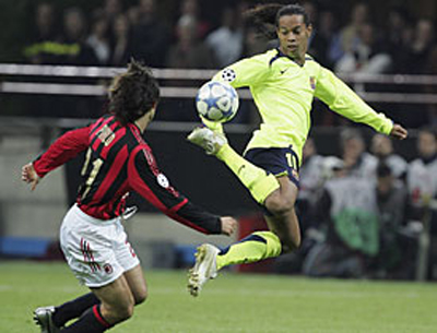 Ronaldinho against his future team
